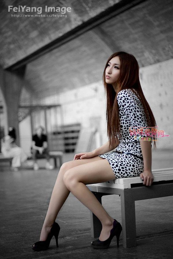 清纯长腿模特 漂亮美眉