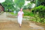 14岁女hai李佳乐高考677分 母亲称在家上学因家里贫穷