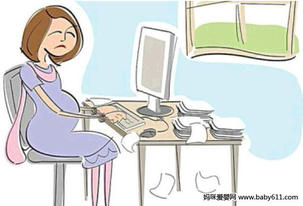 """前段时间,国内一则""""媳妇怀孕,男子要求邻居停用WiFi""""的新闻成为热点。一时间,关于WIFI是否影响孕妇的口水战打了起来。这也引来了孕产专家的围观,火速得出了科学专业的解答——wifi辐射的强度和距离成反比,更不要说穿过钢筋水泥了,这时候的辐射值只有国家限值的十分之一,甚至几十分之一。wifi其实与手机信号并无本质区别,都属于微波,一般位于800兆赫-1900兆赫的波段,目前还没有真正有力的科学依据表明它会破坏人体 DNA或蛋白质结构,从而影响胎儿的发"""