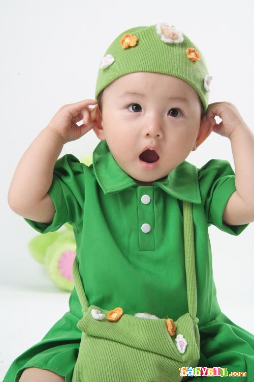 宝宝 壁纸 儿童 孩子 小孩 婴儿 500_750 竖版 竖屏 手机