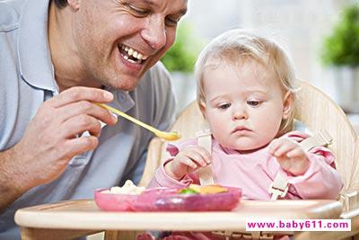学宝宝喂养又出新招