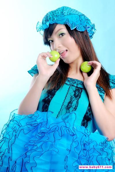 美丽准妈混血风[组图] 夏奇拉大肚写真 潘长江女儿潘阳怀孕照片 美丽