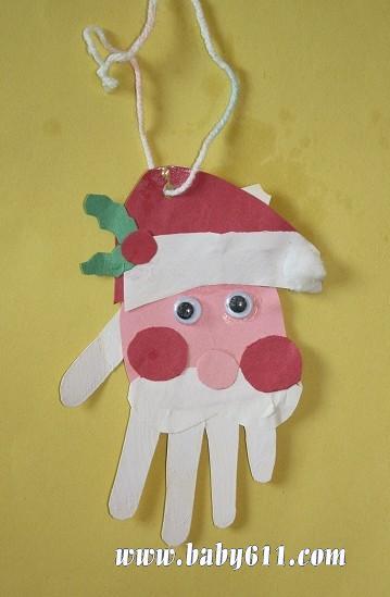 这个圣诞老人的白胡子是比着孩子的小手印剪的-简介 这个圣诞老人会