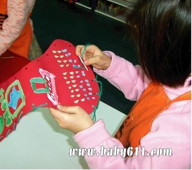 圣诞节手工小制作《圣诞的红与绿》 - 幼儿园手工制作