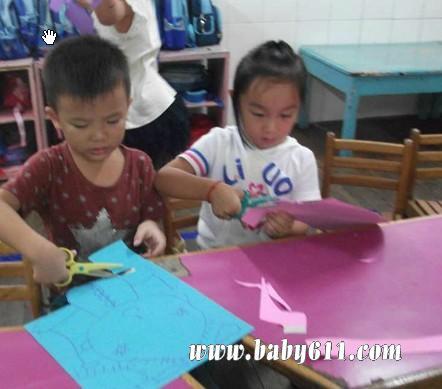 幼儿园中班手工diy:手工娃娃(3)