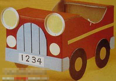 儿童手工废旧纸盒制作:汽车