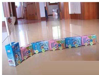 儿童手工废旧酸奶盒制作:火车