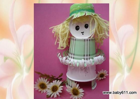 好朋友 (饮料杯) 幼儿园幼儿废旧制作:螃蟹 废旧袜子制作可爱娃娃