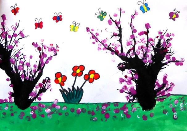 大全 幼儿园中班教案 创意美术    教学提示:   巩固用吹色的方法作画