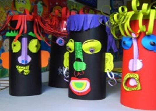 幼儿园教案大全 幼儿园中班教案 创意美术    学习了解纸筒人的制作