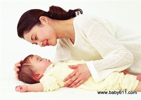 妈妈切记 宝宝睡前不宜洗澡