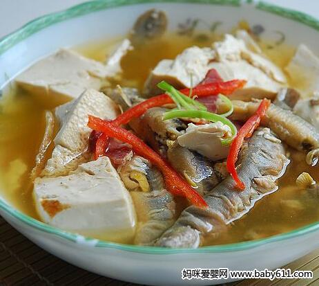 孕前准爸爸营养食谱:泥鳅钻豆腐