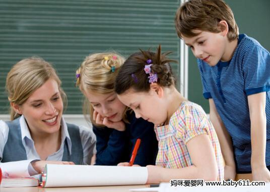 如何引导儿童学画画