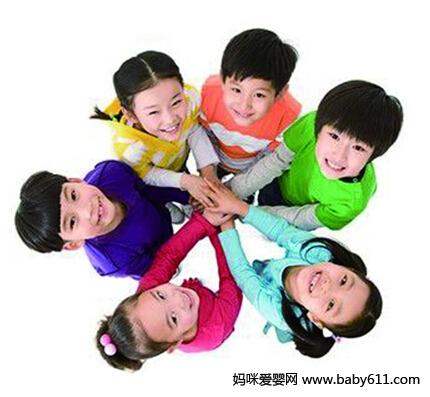 如何鼓励孩子走入到同龄群体中交际?