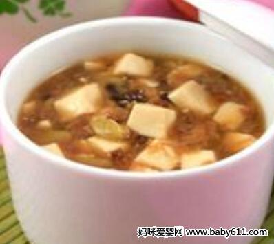 0―1岁宝宝食谱:豆腐糊