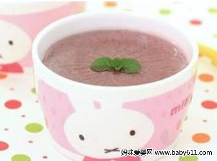 婴儿食谱:花生紫米糊