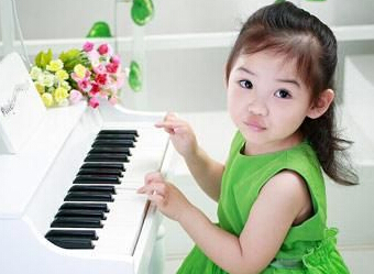 宝宝学钢琴要了解6件事