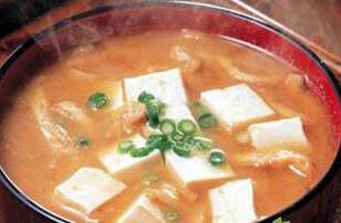 孕妇补钙食谱:骨汤烩酿豆腐