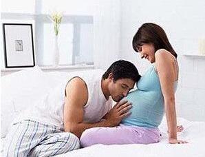 如何培养胎宝宝的文学气质