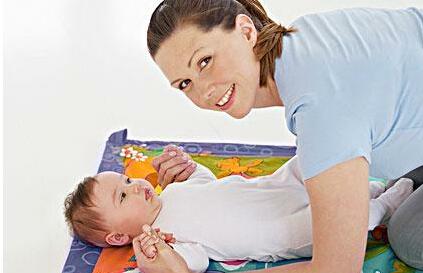 宝宝湿疹妈妈可采取的对策