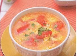 儿童菜谱汤:西红柿鲜虾鱼丸汤