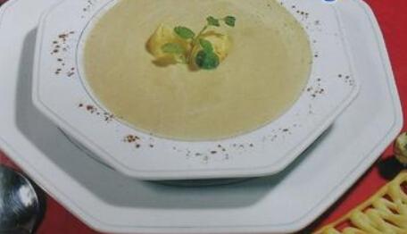 儿童菜谱汤类:奶油亚芝竹汤