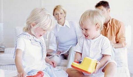 同伴交往中冲突对孩子成长的积极意义