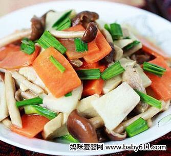 1―2岁宝宝食谱:蔬菜小杂炒