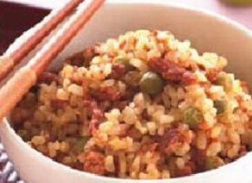 儿童食谱营养花样饭:五谷肉酱饭
