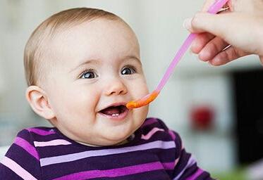 一岁内宝宝不能吃的五种水果