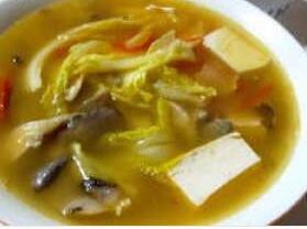 摩卡娱乐在线菜谱汤类:五美汤