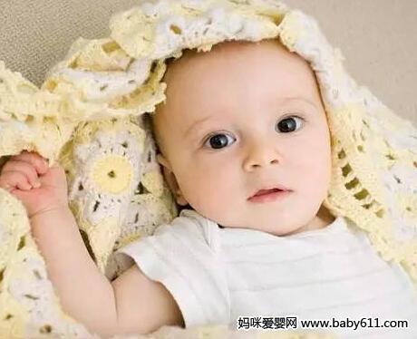 新生儿吐奶?避免吐奶方法?