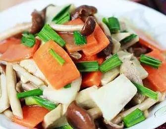 一岁半脆皮蔬菜:食谱小杂炒蛋卷宝宝机多少度做图片