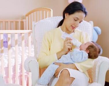 宝宝人工喂养的九大注意事项