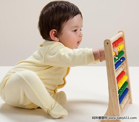 玩偶游戏:适合8个月以上的宝宝 - 早教游戏