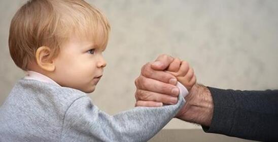 父母警惕宝宝十大危险玩具
