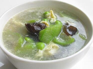 煲汤食谱:丝瓜木耳汤