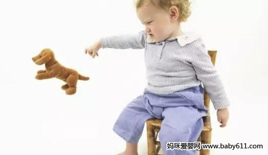 宝宝这一坏毛病,证明他是天生的高智商,妈妈别再苦恼了