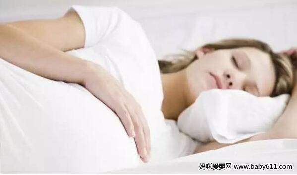 孕妇催产下蹲正确图_孕妇睡眠的正确睡姿