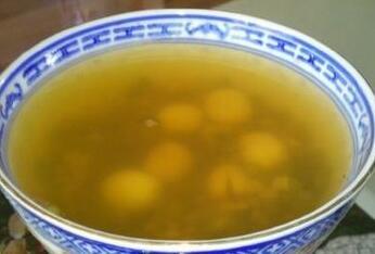消暑冷饮:绿豆莲子汤