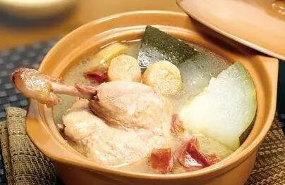 解暑降火类:冬瓜江瑶柱煲老鸭汤