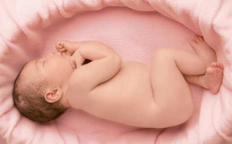新生宝宝锻炼,这样做更好