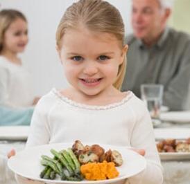 宝宝吃肥肉对生长发育不利