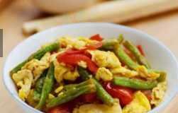 摩卡娱乐在线食谱营养花样饭:花样西红柿炒蛋