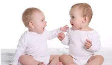在交往活动中怎样培养儿童的自尊