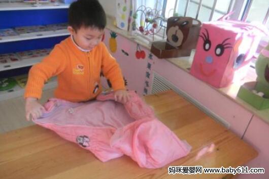 幼儿园老师如何让孩子尽快适应幼儿园生活