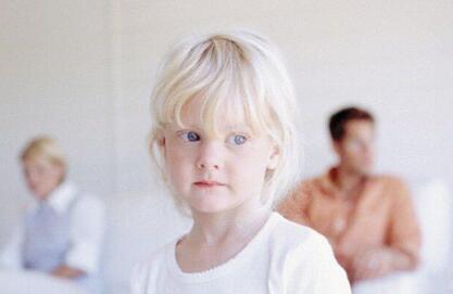 离婚父母怎么减少对孩子的伤害
