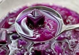消暑冷饮:紫薯银耳汤