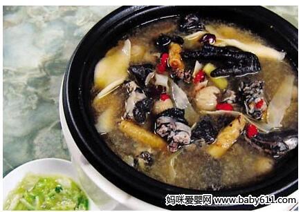 滋补保健类:桂乌鸡西瓜清补汤