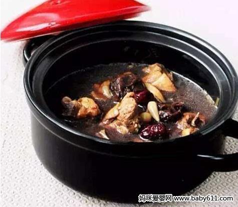 清热排毒乌骨鸡汤